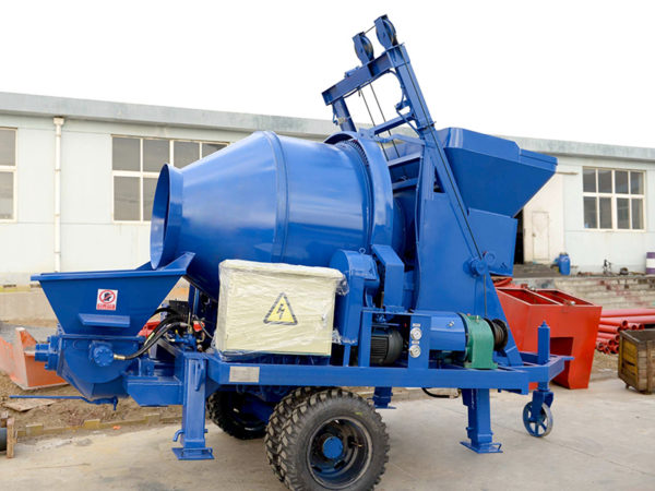 concrete pump having a mixer
