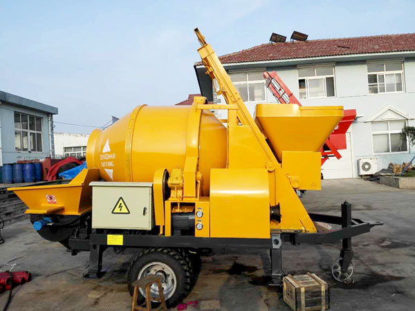 concrete pump engine
