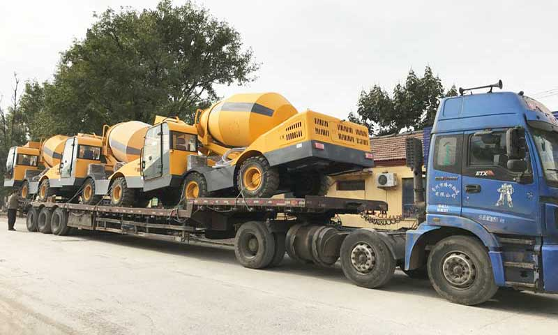 self loading concrete mixer transportation
