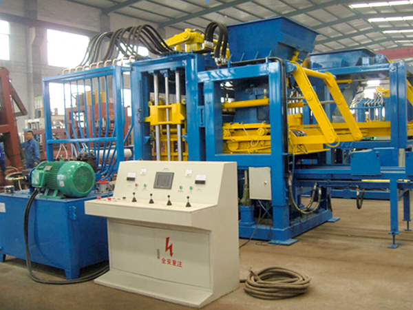 QT4-25 block making machine