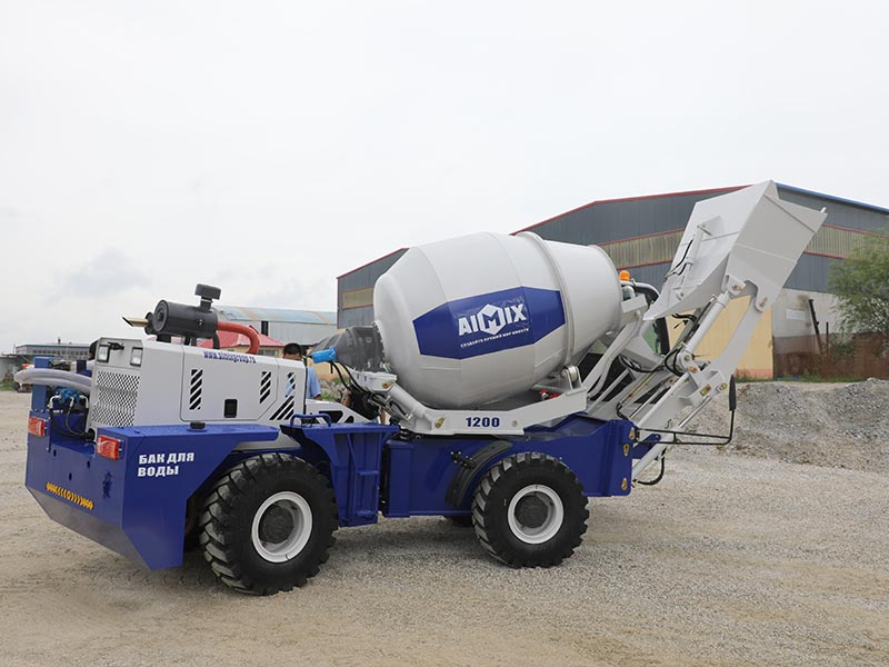 1.2 self loading concrete mixer