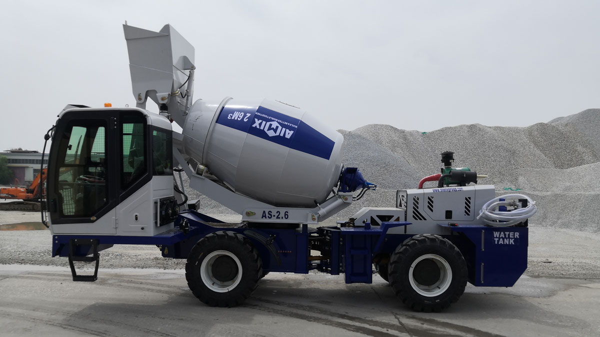 2.6cub self-loading mixer truck is ready to be sent to Kazakhstan