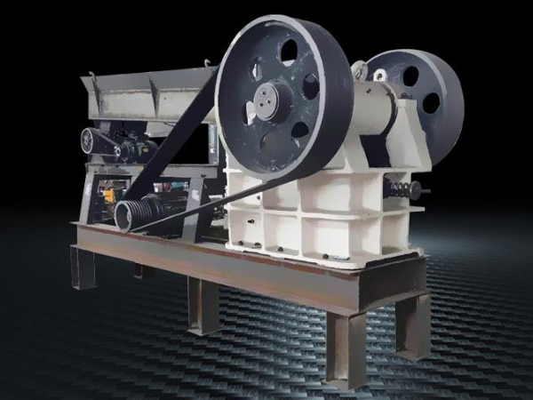 Mobile small jaw crusher truck