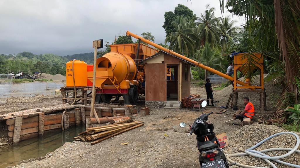 AJY35 in construction site