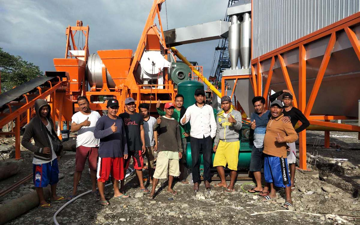 ALYJ60 mobile small asphalt plant was successfully installed in the Philippines